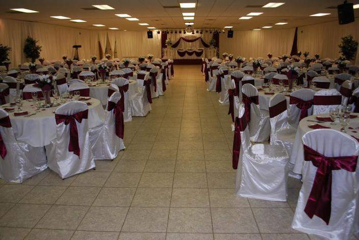 A beautiful shot of this burgundy and white event at UAW Solidarity Banquet Hall.